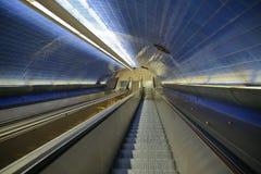 Souterrain/escaliers souterrains/de métro escalator Photos stock