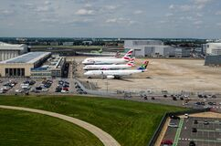 Free South African And British Airways Plans At Maintenance Depot, Heathrow Royalty Free Stock Photography - 168766137