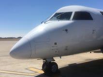 South-african Express De Havilland的鼻子和驾驶舱 库存照片