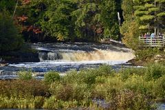 Free South Lower Falls Stock Photo - 99979220