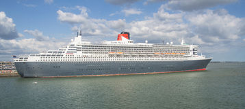 SOUTHAMPTON - JULY 13 2014: Queen Mary 2 cruise ship detail. Que. En Mary 2 is Cunards flagship ready for Transatlantic Crossing from Southampton Stock Image