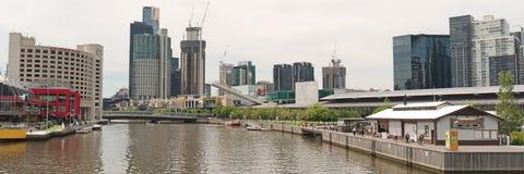 Southbank-Panorama auf Yarra Lizenzfreie Stockfotografie
