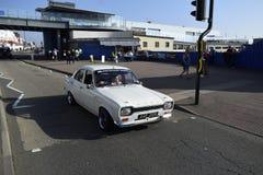 Southend på havet UK 15/10/2017 En gamla retro Ford drived vid hans ägare Arkivfoto