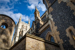 Southwark-Kathedrale an einem sonnigen Tag Stockbild