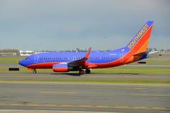 Southwest Airlines Boeing 737 à l'aéroport de Boston Images libres de droits
