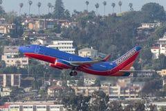 Southwest Airlines Boeing 737-7H4 N908WN Abreisesan Diego International Airport Lizenzfreies Stockfoto