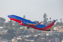 Southwest Airlines Boeing 737-7H4 N426WN som avgår San Diego International Airport Royaltyfria Bilder