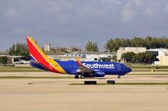 Southwest Airlines voyagent en jet Photographie stock libre de droits