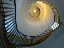 SOUTHWOLD, SUFFOLK/UK - 6月11日:在Lighth的螺旋形楼梯 免版税库存照片
