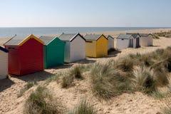 SOUTHWOLD, SUFFOLK/UK - 2 JUNI: Van aan het strand in Southwold S Stock Afbeeldingen