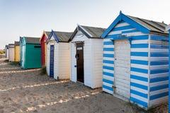 SOUTHWOLD, SUFFOLK/UK - 31. MAI: Bunte Strandhütten bei Southwo Stockfoto
