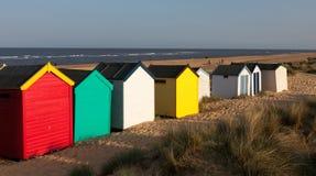 SOUTHWOLD, SUFFOLK/UK - 31 MAI : Huttes colorées de plage chez Southwo Image stock