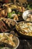 Soutzouki, pastourmas, ägg och köttbollar royaltyfri fotografi
