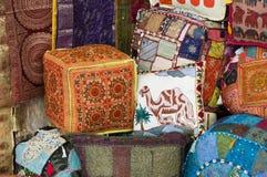 Souvenir chez Souk arabe Photographie stock libre de droits