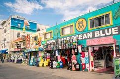 Souvenir shoppar i den Venedig stranden - Los Angeles Royaltyfri Bild