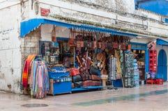 Souvenir shoppar i Essaouira, Marocko Royaltyfri Fotografi