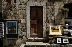 Souvenir shoppar i San Gimignano Tuscany Royaltyfria Bilder