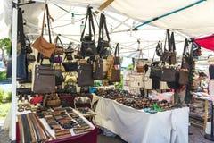 Souvenir shoppar i Sardinia, Italien Royaltyfri Fotografi