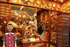 Souvenir shoppar i Venedig royaltyfri foto