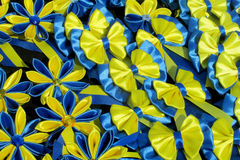 Souvenir yellow blue bow Royalty Free Stock Photography