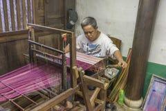 Souvenirfabrik av personer med handikapp Arkivfoto