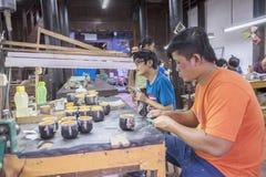 Souvenirfabrik av personer med handikapp Arkivbild