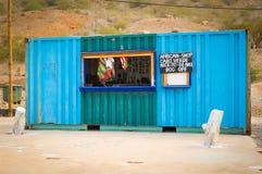 Souvenirladen in Kap-Verde lizenzfreie stockfotografie