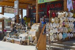 Souvenirladen in Luxor, Ägypten lizenzfreies stockfoto