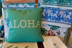 Souvenirs d'Hawaï : coussin décoratif photos stock