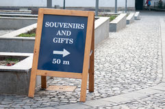 Souvenirs and gifts sign Royalty Free Stock Photos