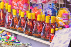 Souvenirs for sale in a nigh market in Vietnam Royalty Free Stock Photos