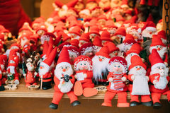 Souvenirs Santa Claus Dolls Toys At European Winter Christmas Market Stock Images