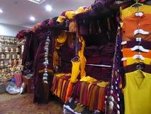 Souvenirs tibétains Lhasa du marché photographie stock