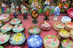 Souvenirs ukrainiens traditionnels de métier image libre de droits