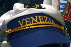 Souvenirsjöman Cap i Venedig Royaltyfri Bild