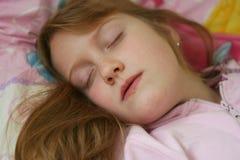 sova för flicka royaltyfri fotografi