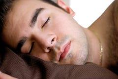sova för man royaltyfri foto