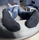 sova för pojke som är tonårs- Fotografering för Bildbyråer
