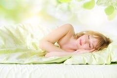 Sova flicka royaltyfri bild