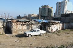 Sovetski överge Volga GAZ24 Baku Azerbaijan Royaltyfri Bild