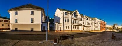 Sovjet-byggd byggnad i Minsk, Vitryssland royaltyfria foton