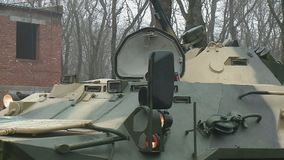 Sovjet gepantserde troep-drager stock video