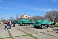 Sovjetbehållare i minnes- komplexa Savur Mohyla Royaltyfria Foton