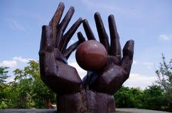 Sovjeterabeeldhouwwerk - Mementopark, Hongarije stock foto