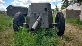 Sovjetisk anti--behållare 45 millimeter vapen av det andra världskriget Arkivfoto