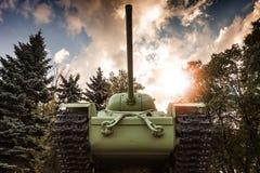 Sovjetisk behållare för skurkroll KV-85 Arkivfoton