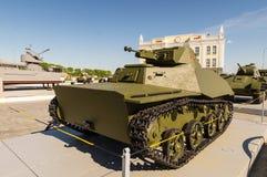 Sovjetisk behållare för strid, en utställning av dethistoriska museet, Ekaterinburg, Ryssland, 05 07 2015 Arkivbilder