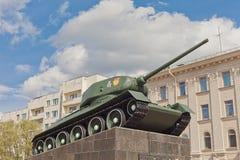 Sovjetisk behållare T-34 i Minsk Fotografering för Bildbyråer