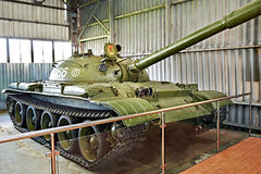 Sovjetisk medelbehållare T-62 Arkivbild