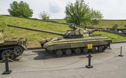 Sovjetisk medelbehållare T-44 Fotografering för Bildbyråer